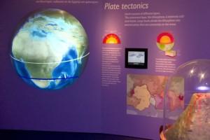 vulkanen_en_aardbevingen-museon-02_bew